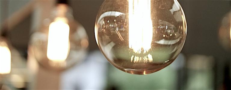 Content-Marketing-Redaktionsplan mit Ideen und Themen füllen